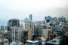 Utsikt över delar av Beirut med kusten i bakgrunden